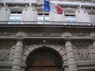 320px-Cour_des_comptes_Paris_entrée